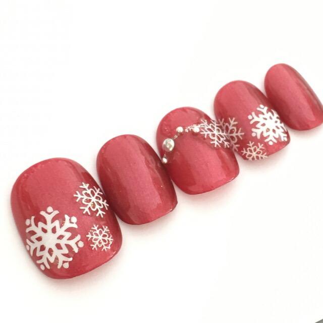 ネイルチップ クリスマス デザイン つけ爪 ベージュ かわいい ショート ロング シンプル プレゼン 母 nail 冬 短い爪 小さい爪 大きい爪  ベリーショート ちび爪 付け爪 ジェルネイル ラウンド●レッド 赤 雪 スノー 雪の結晶|すみれいろネイル