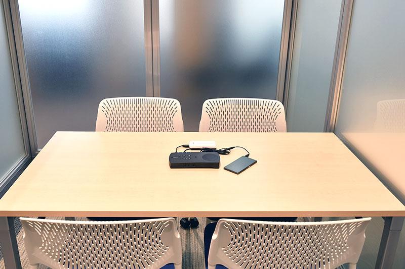 ハドルミーティングでも快適な音声通話を実現