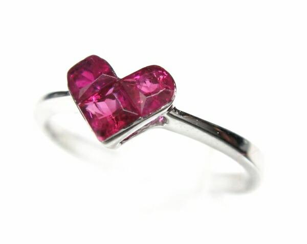 Cute three stone! Cute heart meter 0 45 ct ruby ring