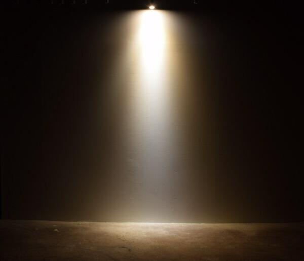BeeLIGHTのLED電球「BH-0711NC-Ra96」の配光写真