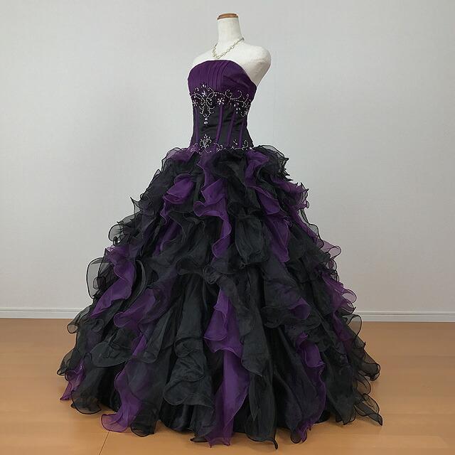 2f2c2aaa82a9b 商品説明結婚式の二次会や、演奏会などで映えるボリュームたっぷりのカラードレス! 背中編み上げタイプなので、ご自身の体のラインに沿って  サイズを微調整できます。