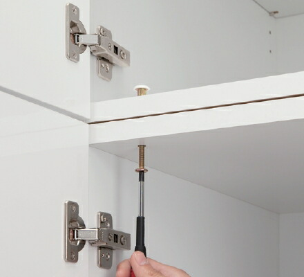 上下連結の頑丈構造。天井までフル活用
