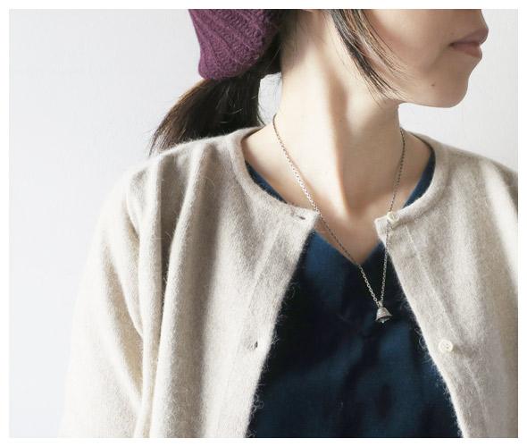KAPITALのネックレスのモデル着用画像