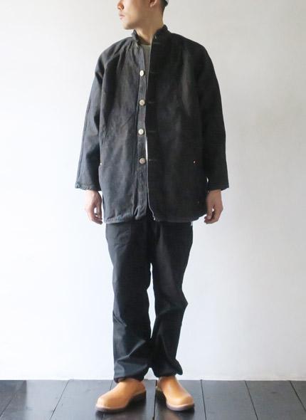 TENDER Co.のジャケットのモデル着用画像