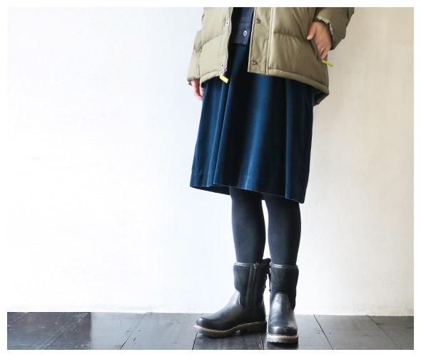 Traditional Weatherwearのタイツのモデル着用画像
