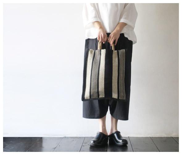 MAISON BENGALのバッグのモデル着用画像