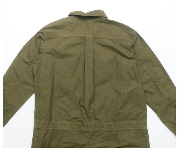 Yarmoのボイラースーツのモデル着用画像