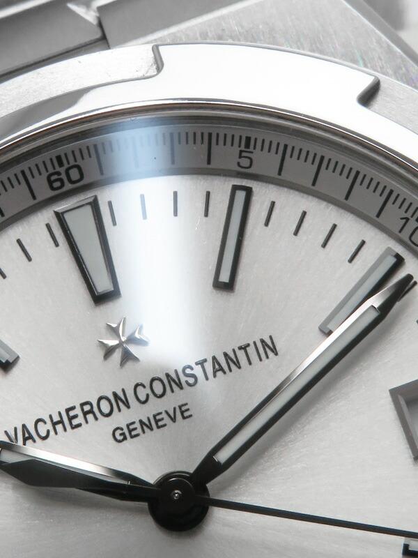 【VACHERON CONSTANTIN】【裏スケ】【仕上済】ヴァシュロンコンスタンタン『オーバーシーズ』4500V/110A-B126 メンズ 自動巻き 6ヶ月保証【中古】