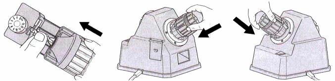 ドリ研XシンニングN-848 Aチャック研磨方法。刃先設定器にチャックを差込設定する。刃先研磨口に差込研磨する。シンニング研磨口に差込研磨する。とても簡単にドリルの刃を再生します。