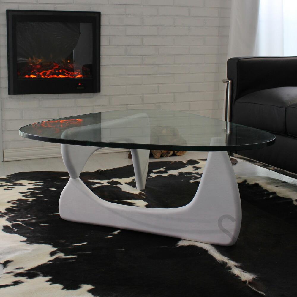 三角形の有名なテーブル高級家具イサムノグチ激安リプロダクト