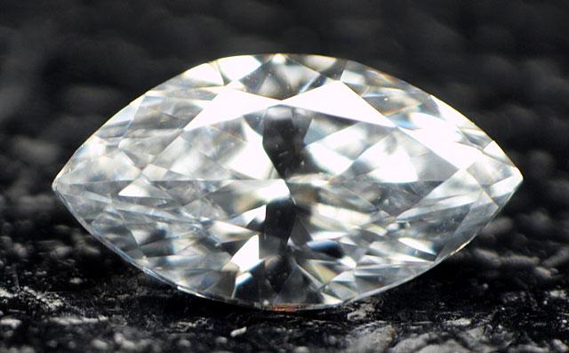 ブルーダイヤモンドルース画像