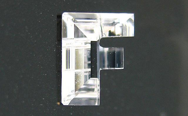 天然(ナチュラル)F字形ダイヤモンド ルース画像
