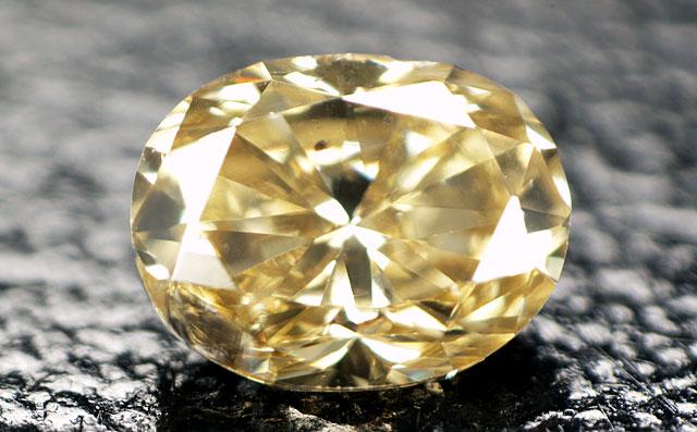 天然(ナチュラル)イエローダイヤモンド画像