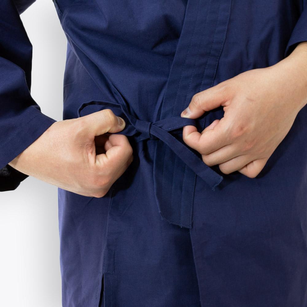 通年着られる綿のシンプルでお洒落なメンズ作務衣