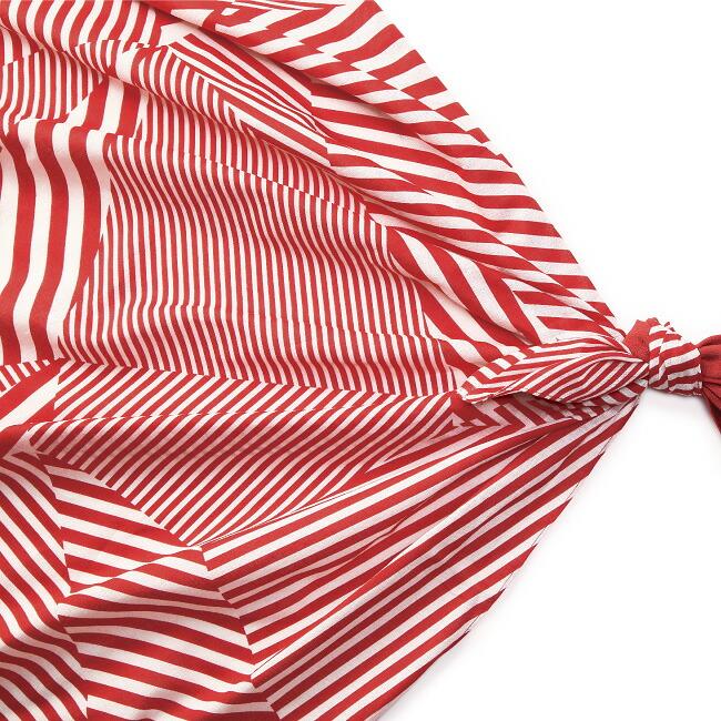 モダンなデザインと豊富なカラーで展開する風呂敷二四巾(97cm)