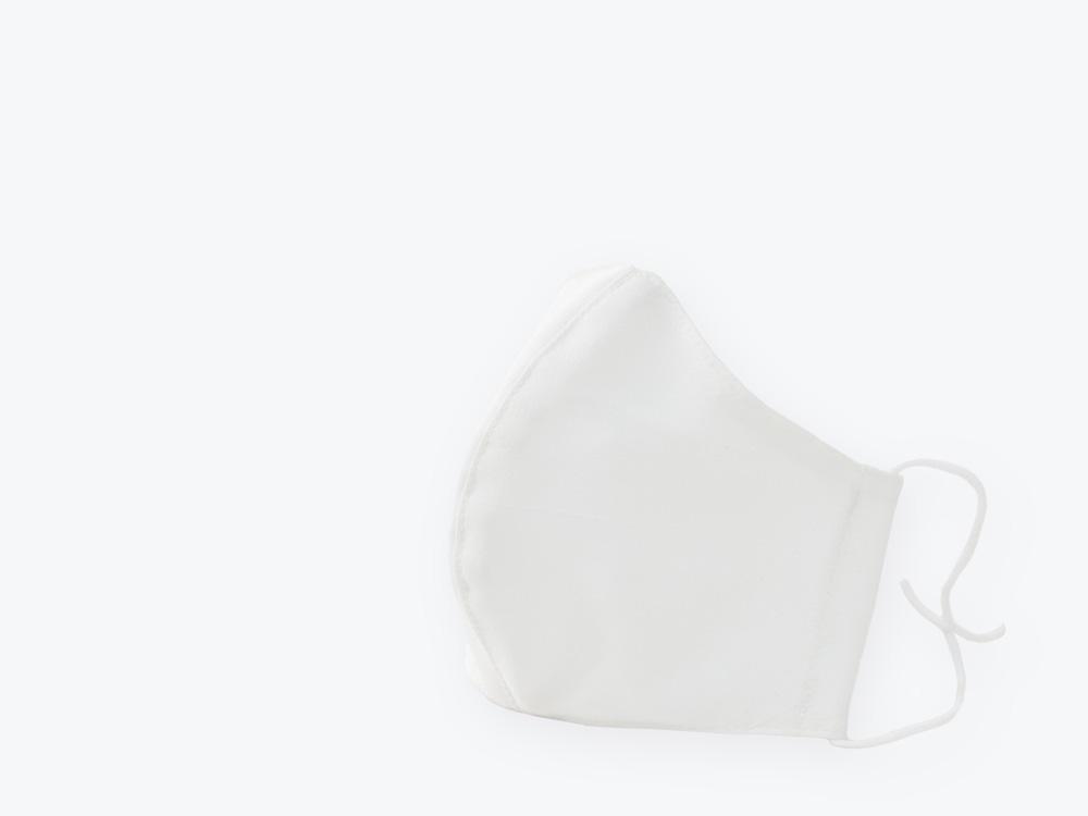 東レが誇る機能素材セオアルファ搭載の洗って使えるエコマスク