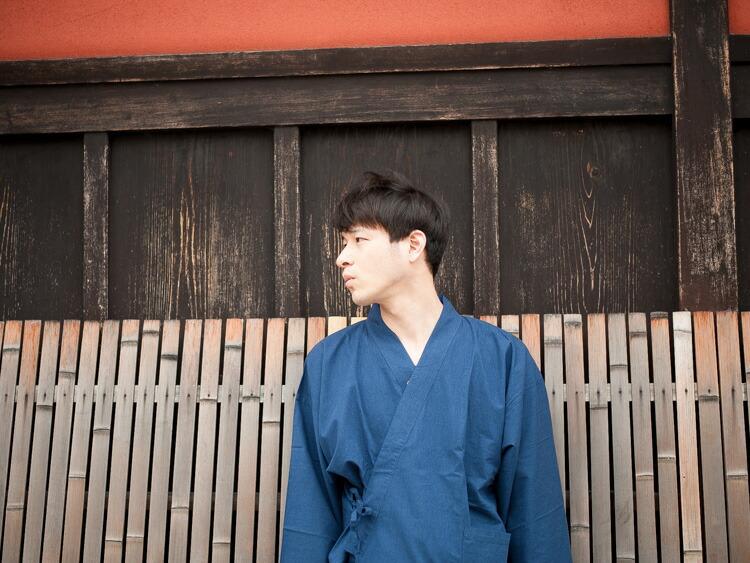 久留米織で作った通年着られるおしゃれな日本製メンズ作務衣