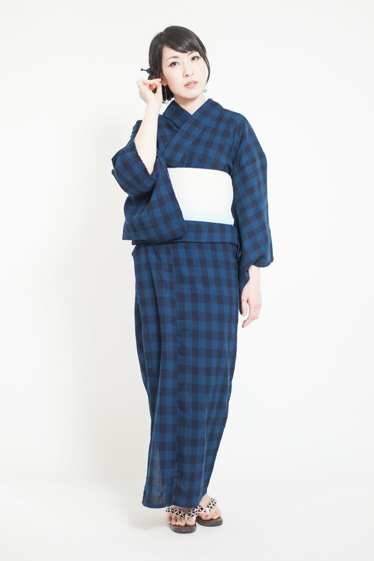 久留米しじら織で制作した大人のための涼しい浴衣