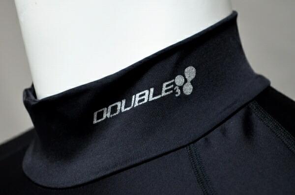 DOUBLE3 NEW MODELは袖とネック部分にDOUNLE3ロゴ入り!