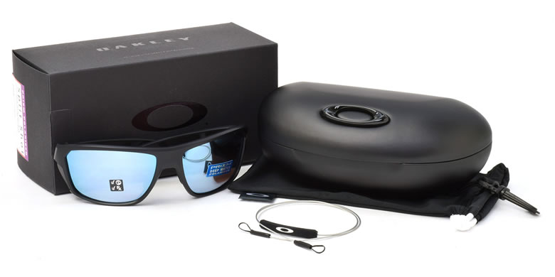 Oakley Sunglasses Look 4