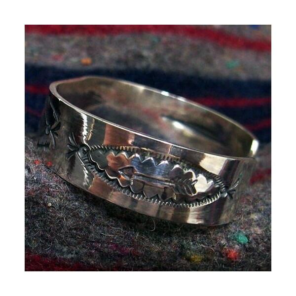 Silver Jewelry [18k Eagle Point Bangle] 4