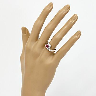 ○PT900 ダイヤモンドリング D0.11 ルビー プラチナ