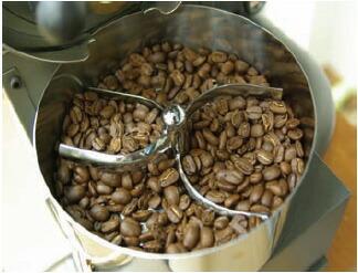 豆を取り出します