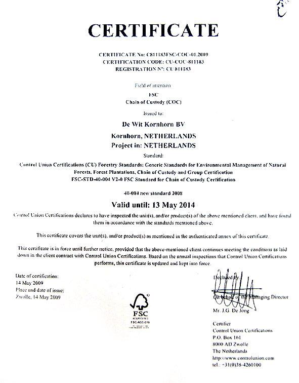 ウッドハンドルはFSC(森林管理協議会)認定のトネリコ材を使用しています。
