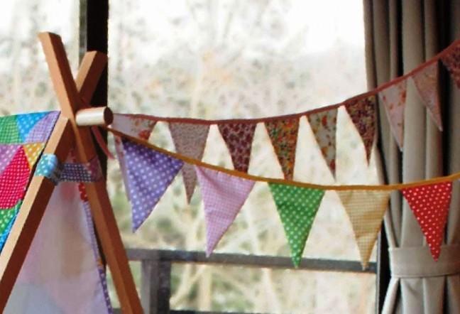 フラッグガーランド 連続旗 装飾旗
