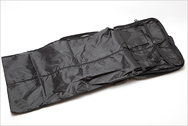 b4880a3f247a ... 1. □ front main compartment -Width 49 cm x 83 cm (open 117 cm) deep x  gusset 6 cm -Zipper pocket inside  width 16 cm × 21 cm depth x 1