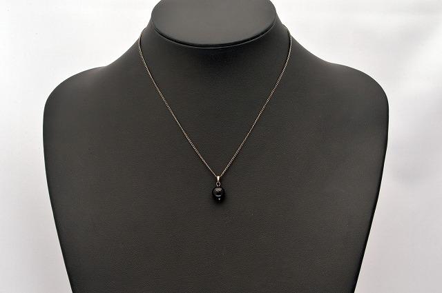 強い邪気祓いの石と言われるパワーストーン ペンダントトップモリオン 黒水晶