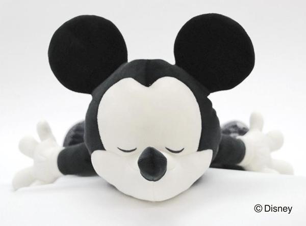 ディズニーコレクション BEYOND IMAGINATION 抱き枕L MICKEY(ミッキー) 50001-63「通販百貨 Happy Puppy」
