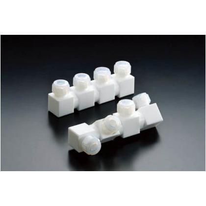 【送料無料】フロンケミカル フッ素樹脂フレキシブル多連ホルダー三連式1/4パイ NR1656-005