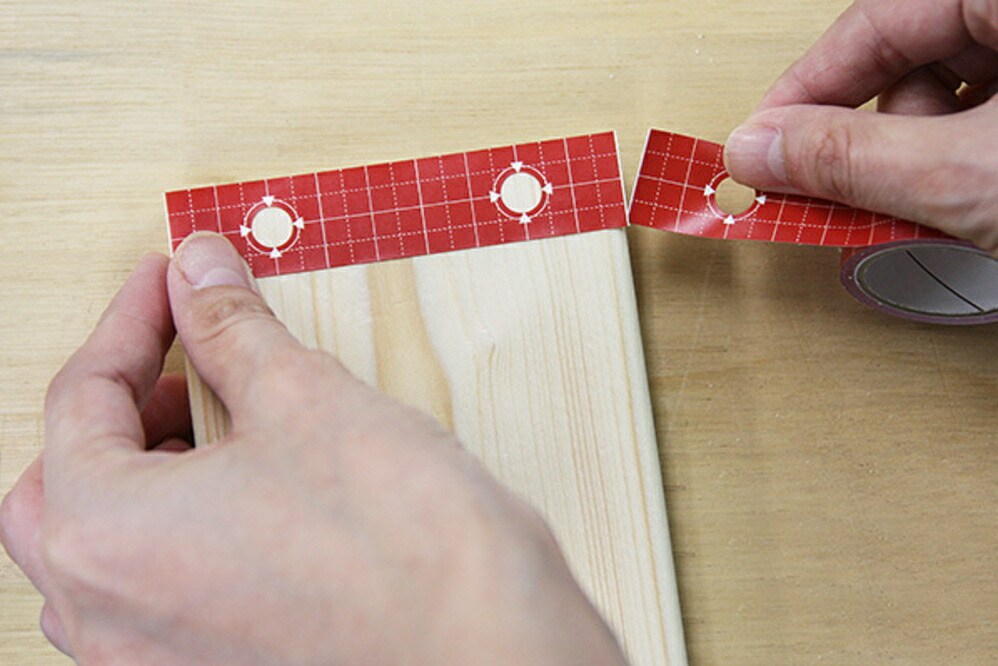 1×4材専用 位置しるべテープ電ドル柄