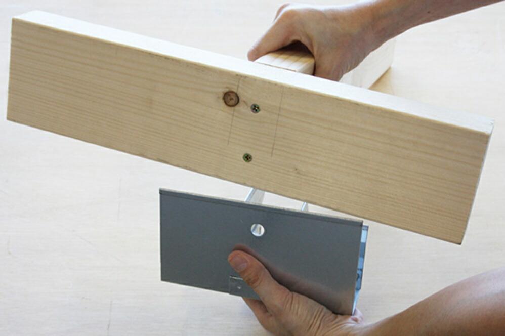 2×4材専用 位置しるべ クランプ 【T字】
