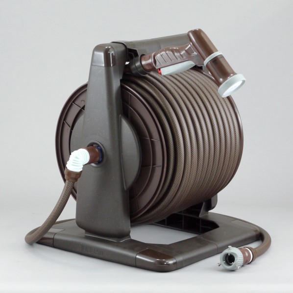 【送料無料】三洋化成 アーバンブラウンリール 本体:ブラウンメタリックドラム:ブラウンホース:ブラック×ブラウン 37.6×43×36cm URB4-Q507R 1個