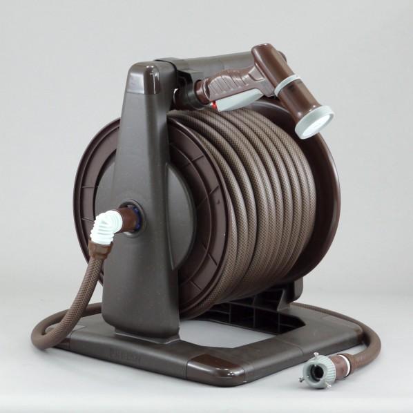 【送料無料】三洋化成 アーバンブラウンリール 本体:ブラウンメタリックドラム:ブラウンホース:ブラック×ブラウン サイズ:37.6×43×36cm散水ホースサイズ;内径:15mm/長さ:30m給水ホース長さ:1.0m URB5-Q307R 1個