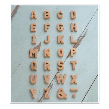 テラコッタアルファベットW ブラウン 奥1.2×高5cm 30470