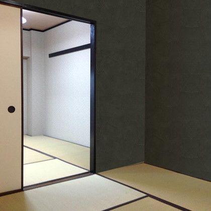 東洋ケース 壁デコステッカー 黒漆喰 約幅46.5×縦120(cm) KABE-12-15