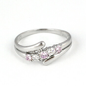 0.15カラットピンクダイヤモンドリング【PT900】クリックで写真が拡大します
