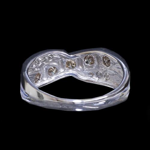 合計0.6ct ダイヤモンドリング【K18WG】クリックで写真が拡大します