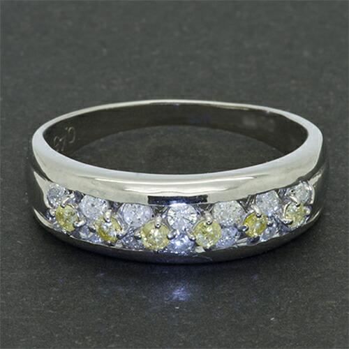 合計0.45ct イエローダイヤモンド・ホワイトダイヤモンドリング【K18WG】クリックで写真が拡大します