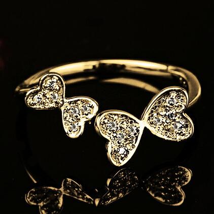 蝶々モチーフダイヤモンドリング【K18Yg】クリックで写真が拡大します