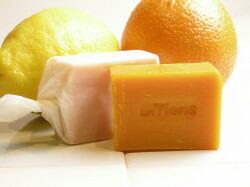 手作り洗顔石鹸「ミカン」
