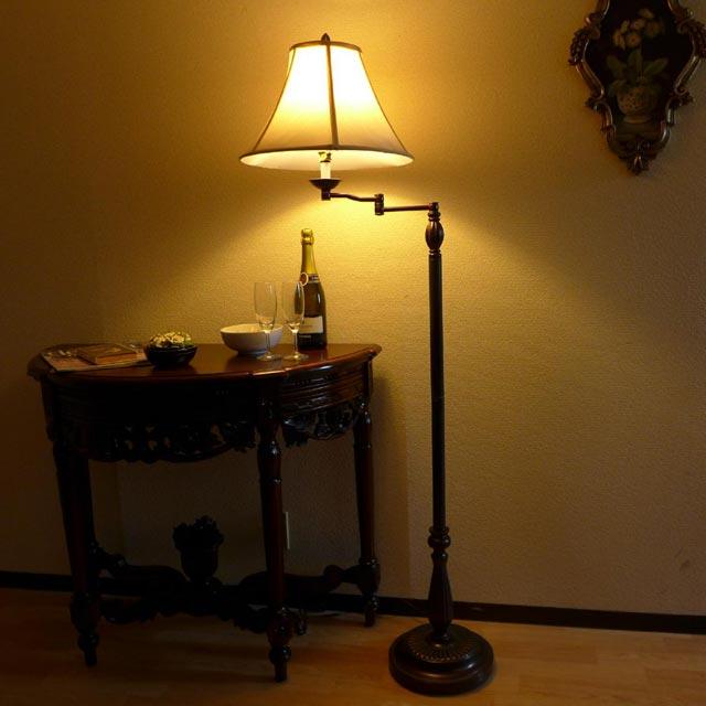 アンティーク ランプ ベッドサイド ライト オシャレ フロアスタンドライト  LED 照明 間接照明 シェード スウィング クラシック ベッド 寝室 読書 581SWFL CAL lighting