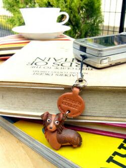 vanca本革犬携帯ストラップ プチワンちゃん レザードッグ handmade leather dog phone charm