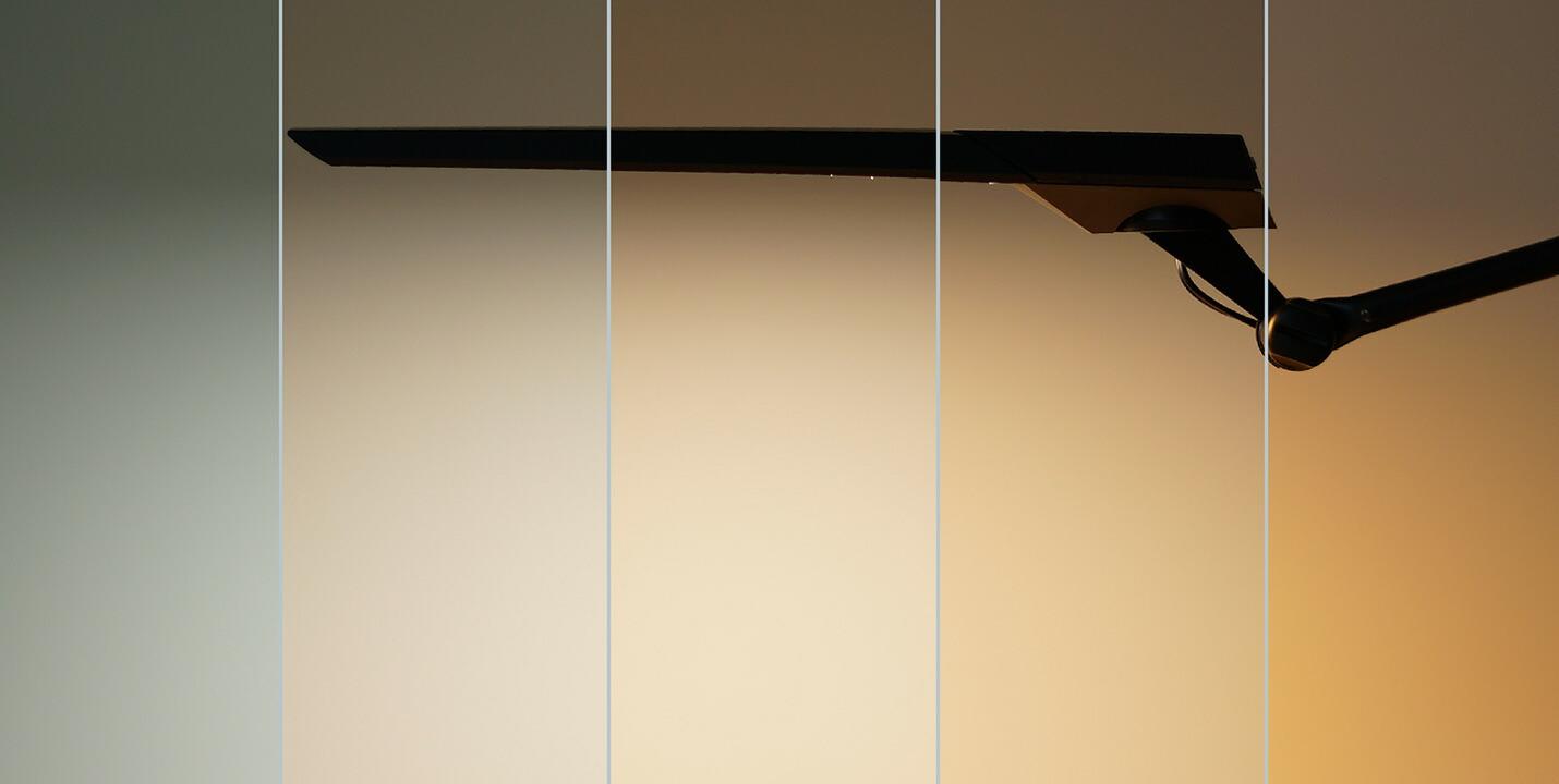 タッチレスセンサー デスクライトEXARM DIVAの調光と調色は25パターン