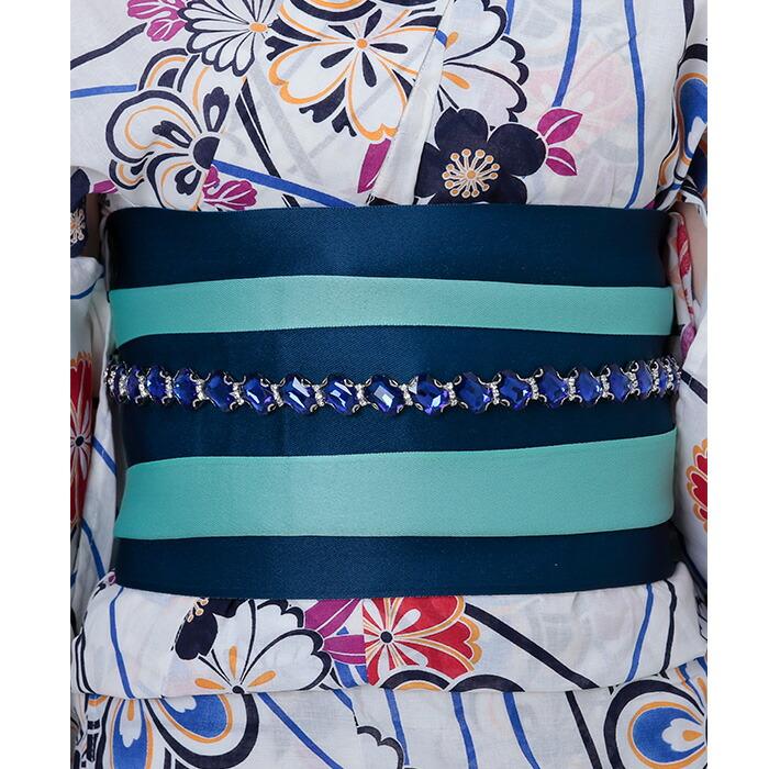 帯は青紺と水色のリバーシブルで