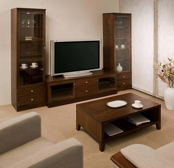 エテルノ ウォールナット材 テレビボードとキュリオ高さ170センチの組み合わせ
