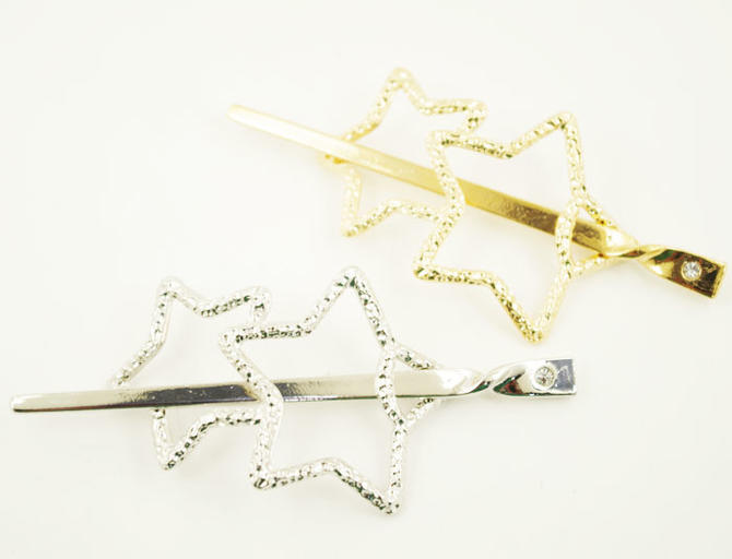 With metal watermarks stick simple melody twin star ☆ rhinestone [let make  マジェステ stick stick Valletta ornamental hairpin]
